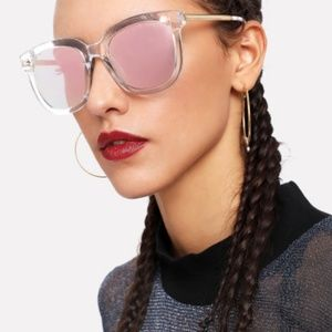 Accessories - Pink mirror sunglasses clear frame